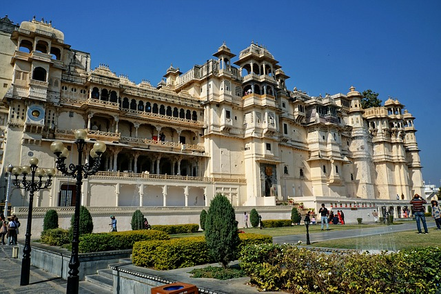 City Palace, Udaipur (Image: Volker Glaetsch/Pixabay)