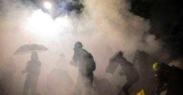 Gas Air Mata di Hong Kong (Foto: DALE DE LA REY/AFP via Getty Images)