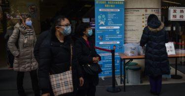 Virus korona baru di Tiongkok. (Photo by HECTOR RETAMAL/AFP via Getty Images)