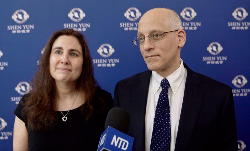 Direktur Asosiasi, Samuel Shukovsky